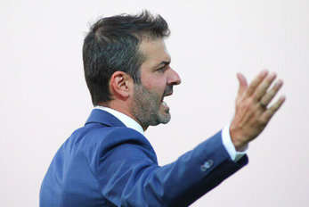 مدیر استقلالی توافق با بازیکن جدید را تکذیب کرد!