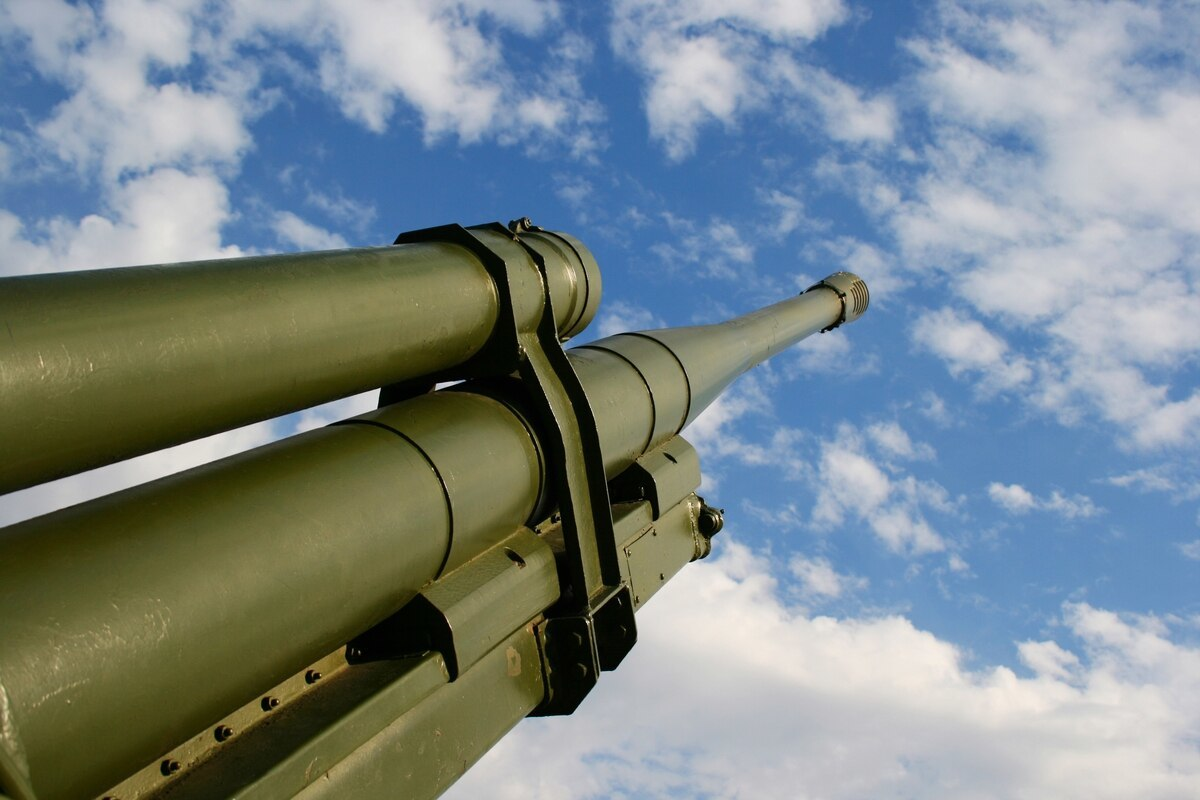 توپ راکتی جدید با برد بیش از ۱۰۰۰ مایل؛ قویترین سیستم توپخانه ای تاریخ