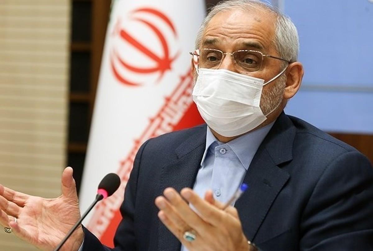 حاجی میرزایی: معلمان تا پایان مرداد واکسینه میشوند