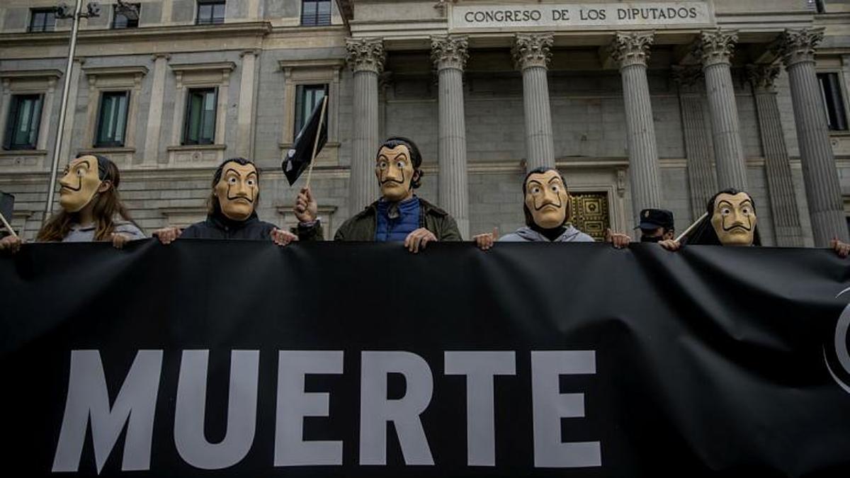 پارلمان اسپانیا  |  تصویب قانونی شدن مرگ خودخواسته پارلمان اسپانیا