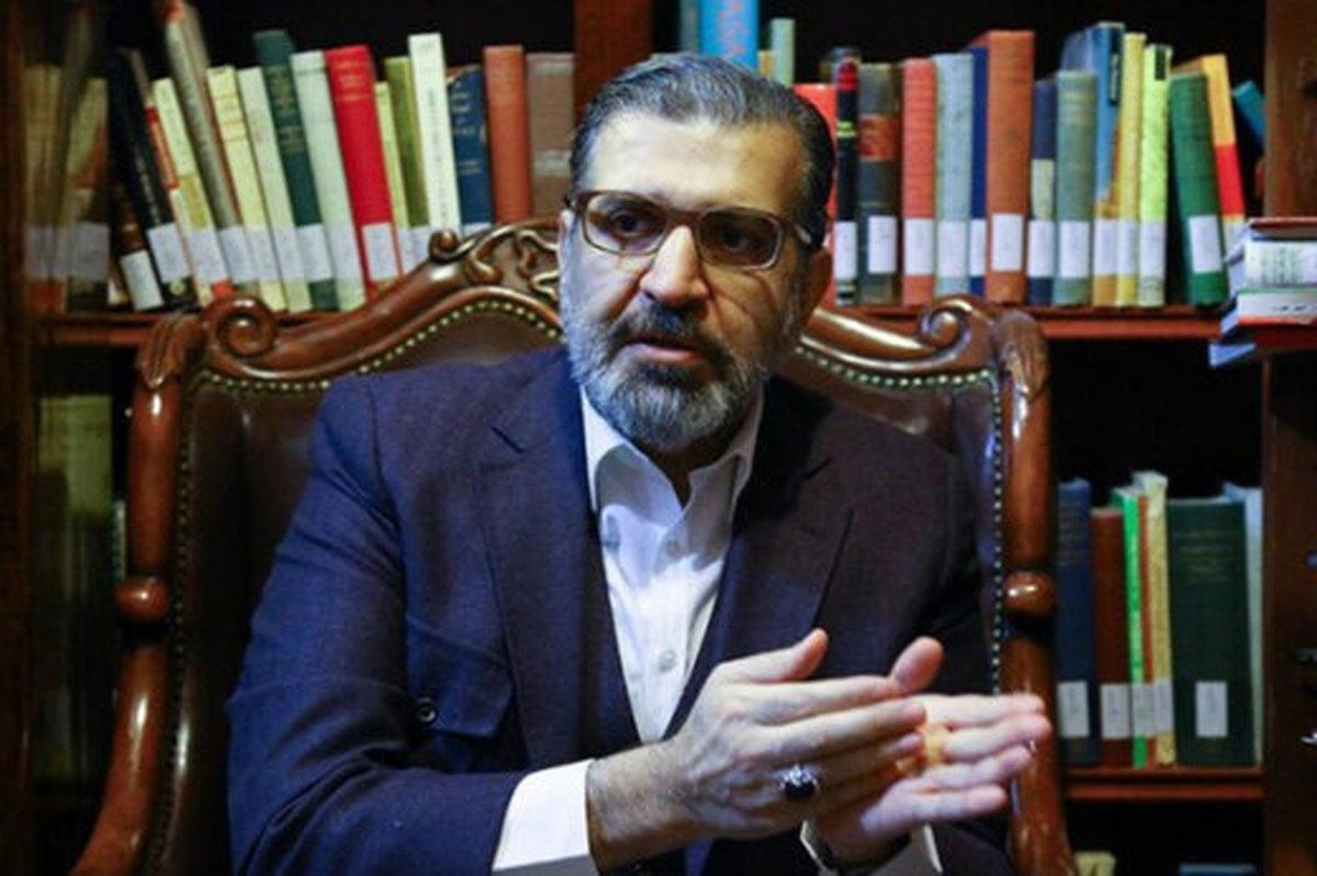 برخی آقایان  به قدری بد عمل کردند که احمدی نژاد دوباره درخشید