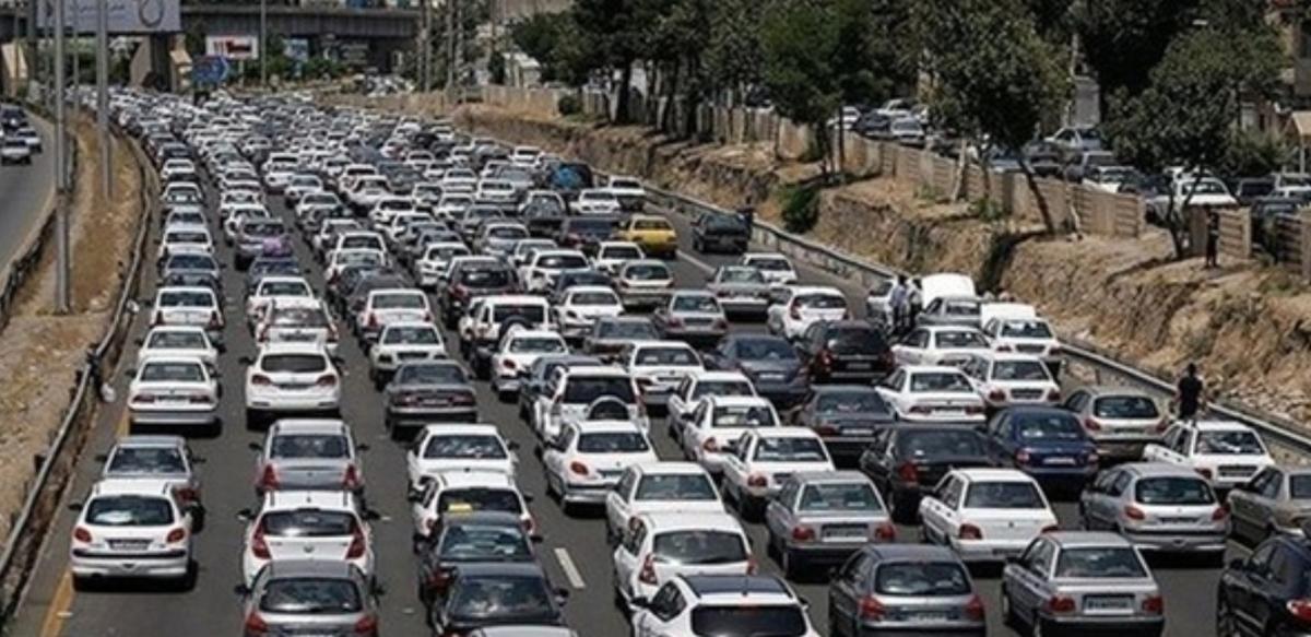 ترافیک سنگین در آزادراه قزوین_کرج_تهران | انسداد محور چالوس و آزادراه تهران شمال