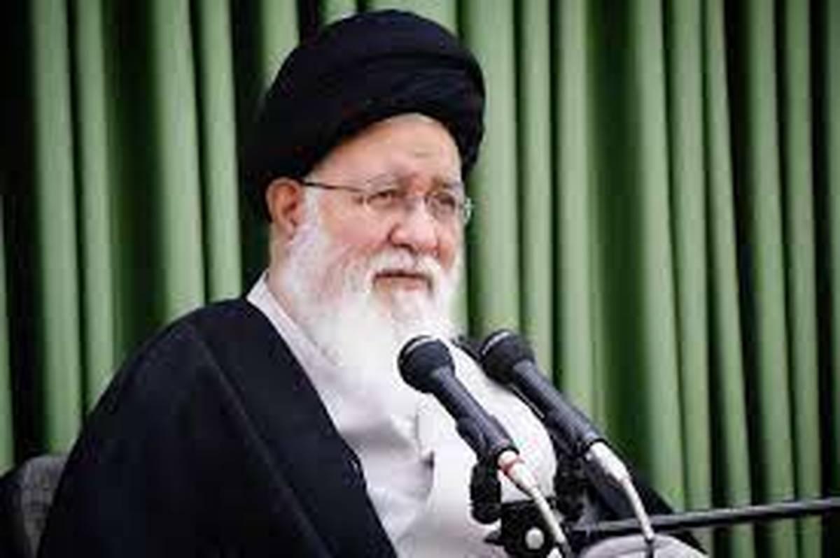حجت الاسلام علمالهدی : بایستی از گذشته عبرت بگیریم