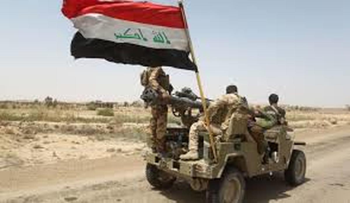 تروریست داعش   |   در حمله خمپارهای داعش  2 نظامی عراقی کشته شدن