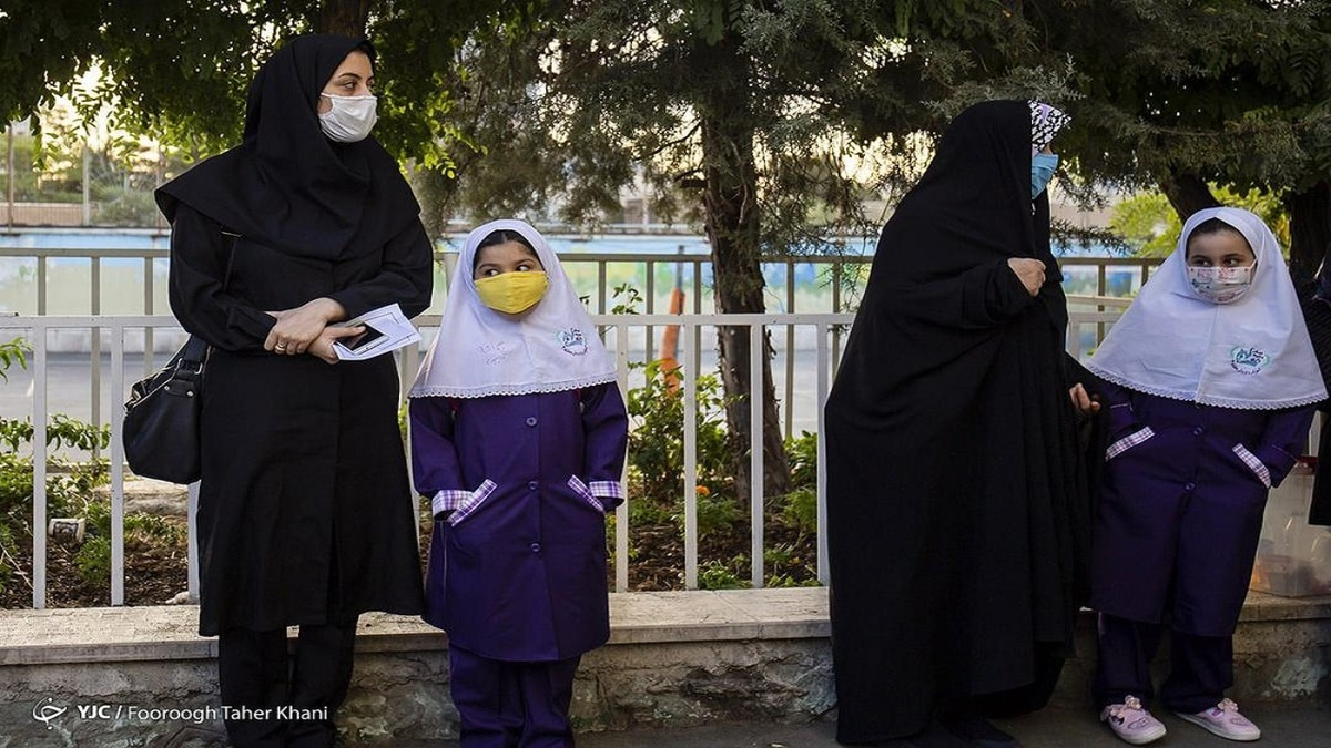 واکنش آموزش و پرورش به ماجرای ممنوعیت دریافت کارنامه فرزندان از سوی مادران