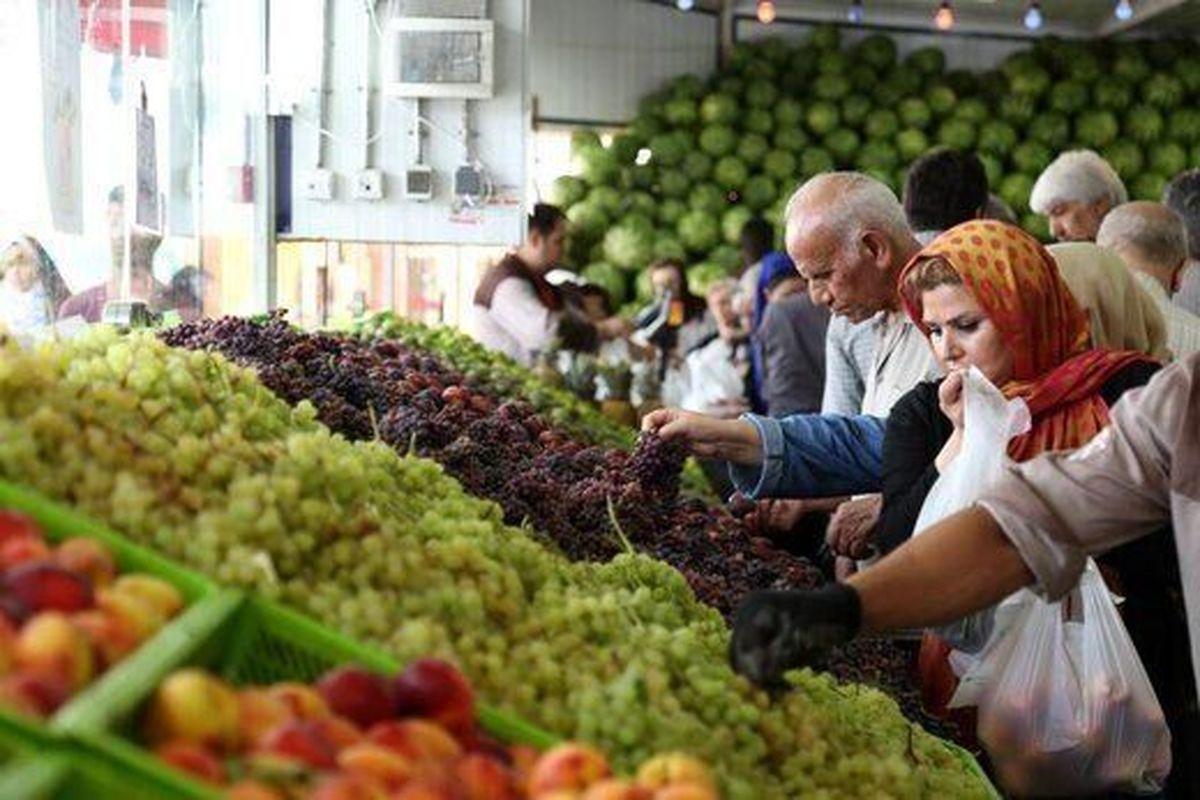 دلیل عدم کاهش قیمت میوه در بازار چیست؟