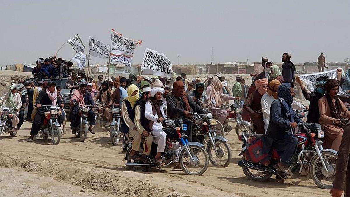 ائتلاف نخبگان پشتون و طالبان | عامل داخلی تسلط طالبان بر افغانستان کدام است؟