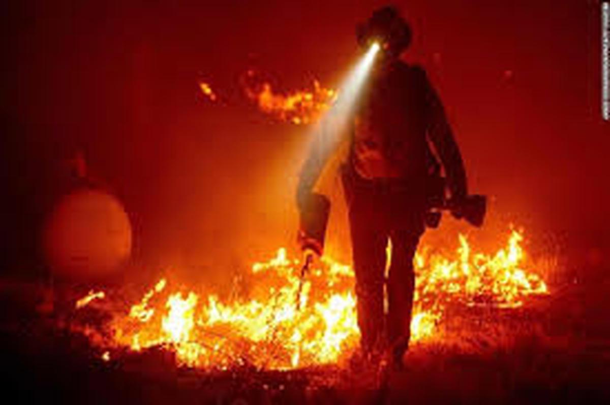 آتش سوزی در شمال کالیفرنیا   |    دستکم 15 نفر کشته و صد نفر مجروح شدند