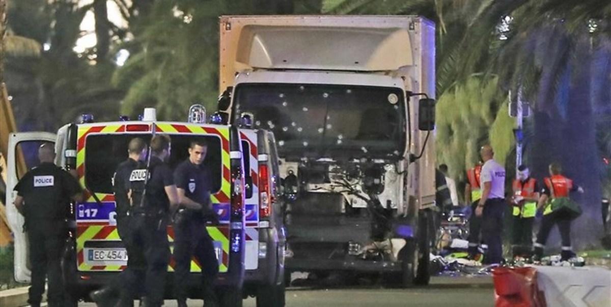 ۵ نفر کشته بر اثر برخورد دو هواپیما در فرانسه