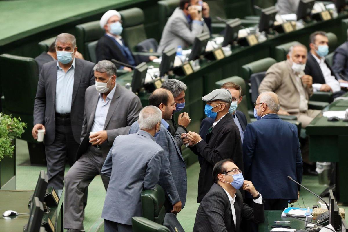 اسامی ۱۵ نماینده مجلس که با خرج شهرداری به مشهد سفر کردند