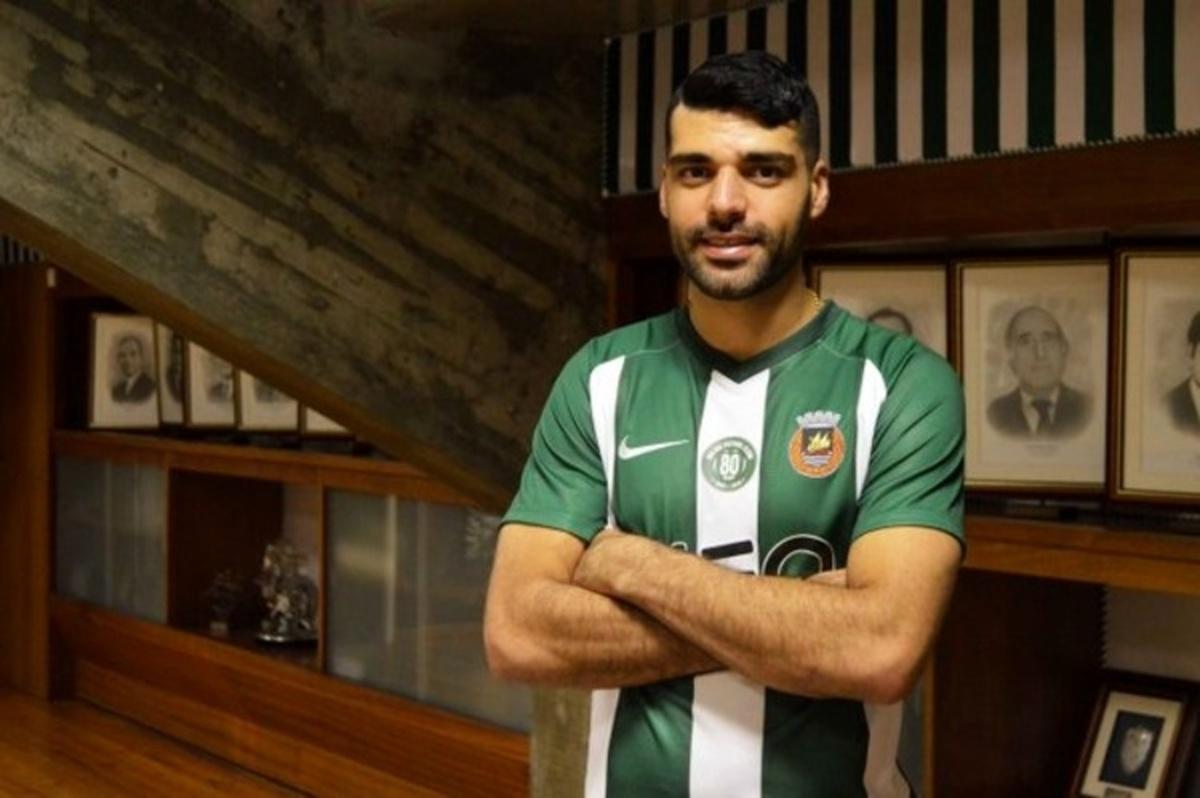 فوتبالیستهای ایرانی چه کتابهایی میخوانند؟