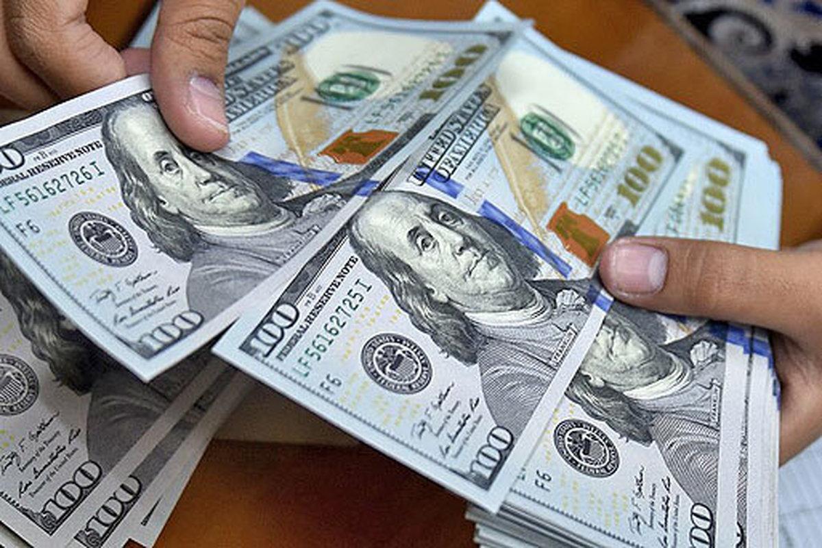 کاهش قیمت دلار   حباب منفی سکه از بین رفت