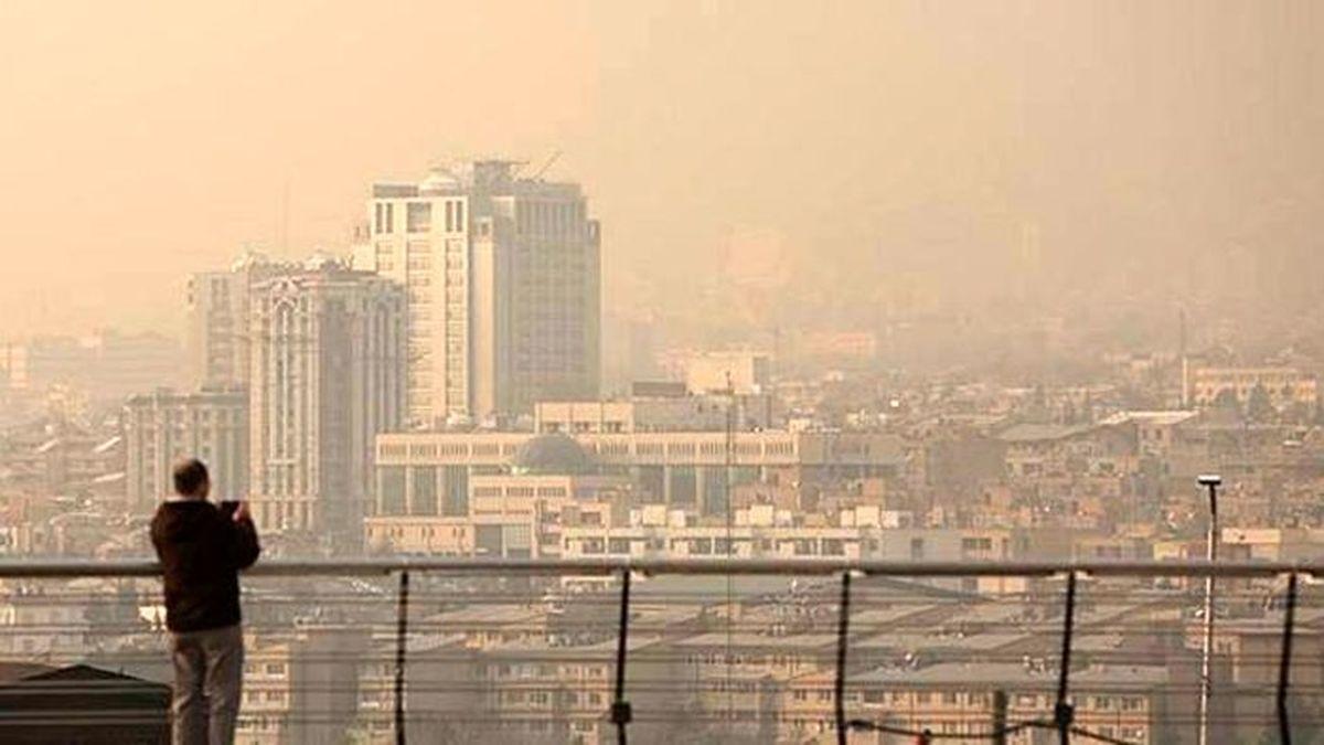 وقتکشی در اضطرار تهران   دولتیها «معمای آلودگی گوگرد» را پاسکاری میکنند