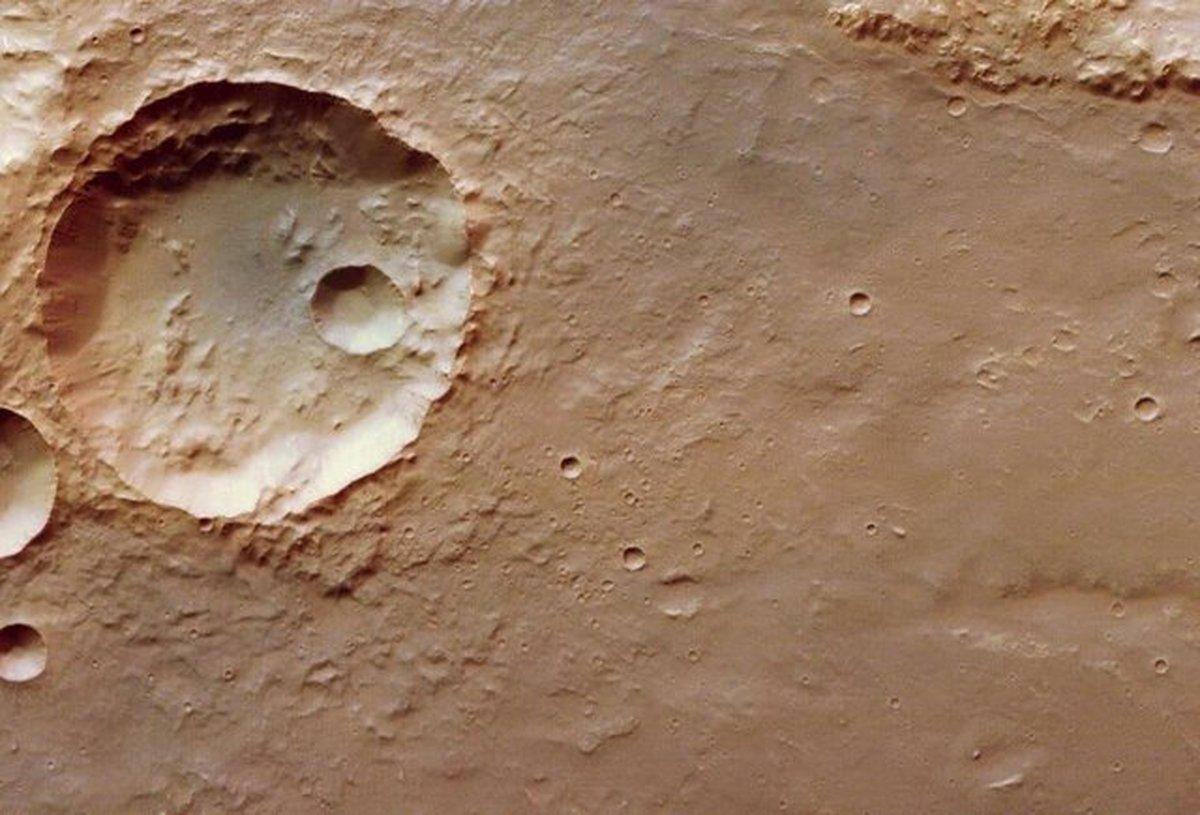 """""""آژانس فضایی اروپا""""، تصاویر جدیدی از مریخ منتشر کرد"""