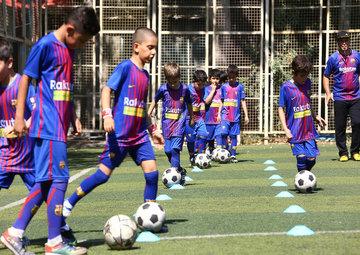 چگونه خطر ورزش در تابستان را برای کودکان از بین ببریم