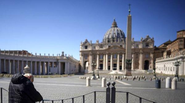 ابتلای یک اسقف واتیکان به کرونا
