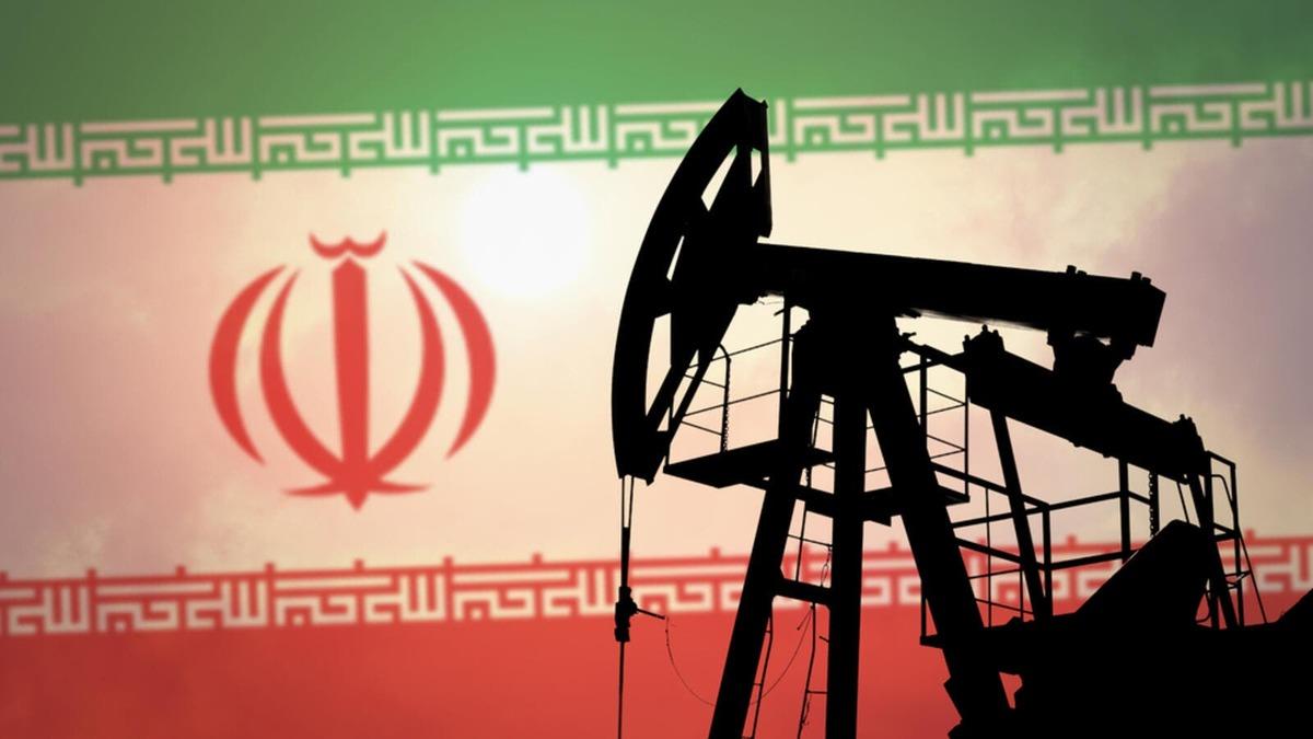 کاهش تحریمهای نفتی ایران نزدیک تر شد
