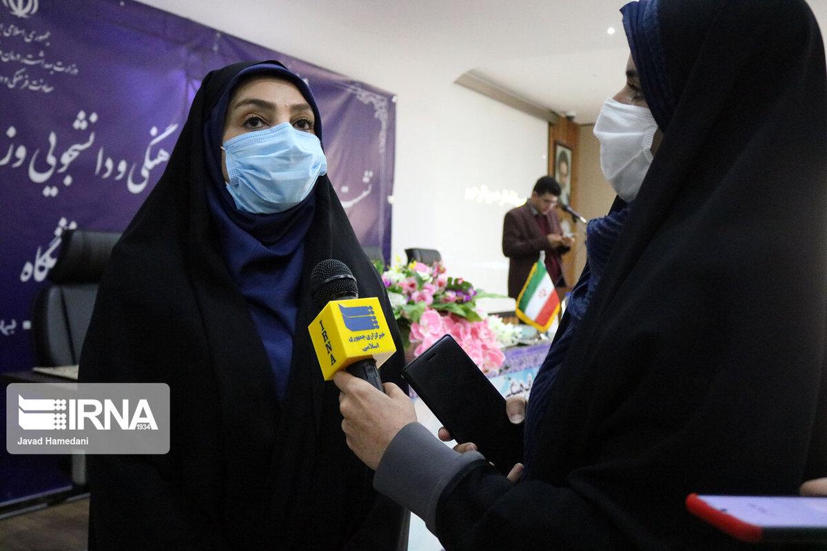 سخنگوی وزارت بهداشت  |   ۱۰ هزار نفر در کشور علیه کرونا واکسینه شدند