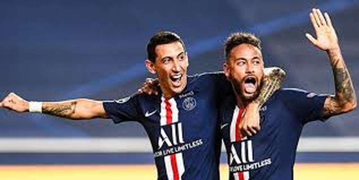 کرونا   |    بازگشت دو ستاره فوتبال بعد از شکست کرونا
