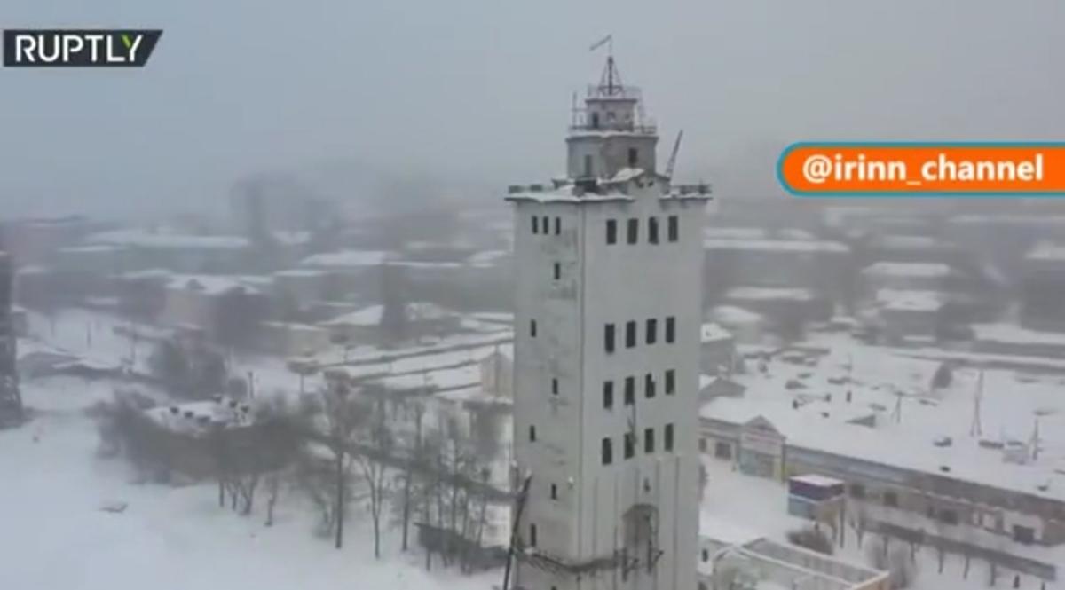 فرو ریختن یک برج در روسیه + ویدئو