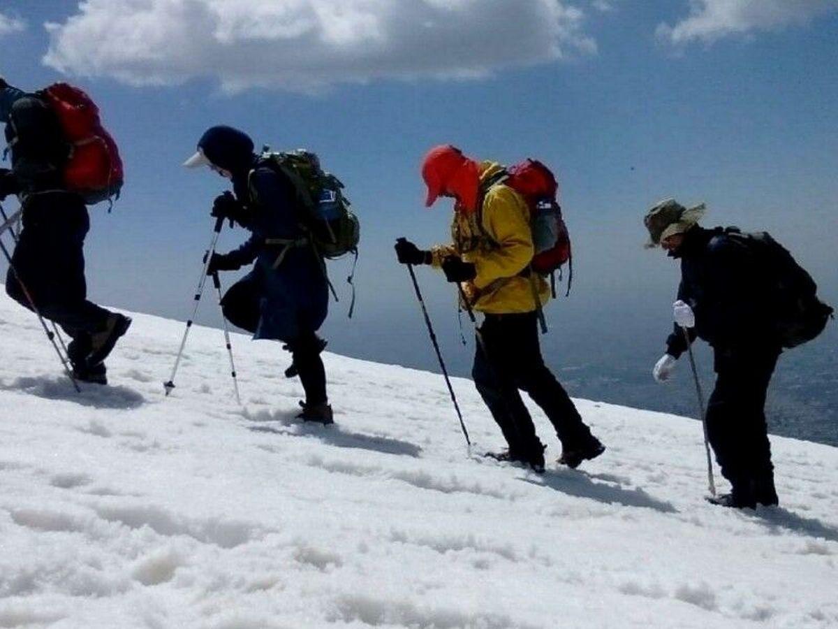 بیتوجهی کوهنوردان به هشدار سقوط بهمن و تعطیلی توچال