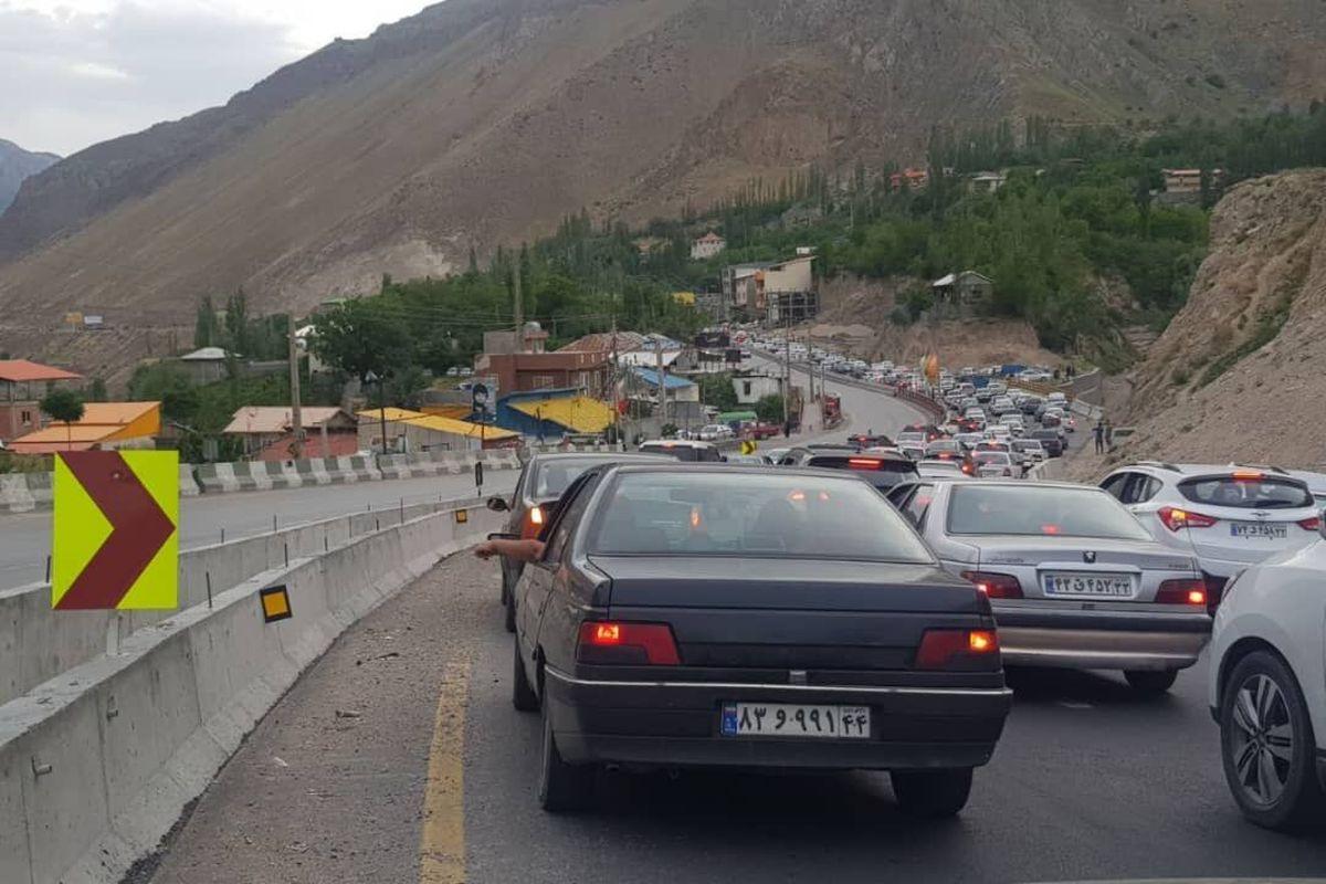 بازگشت مسافران ترافیک را در جاده کندوان سنگین کرد