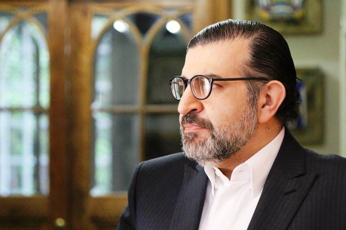 اظهارات آقای رضایی برای کشور هزینه سازی می کند