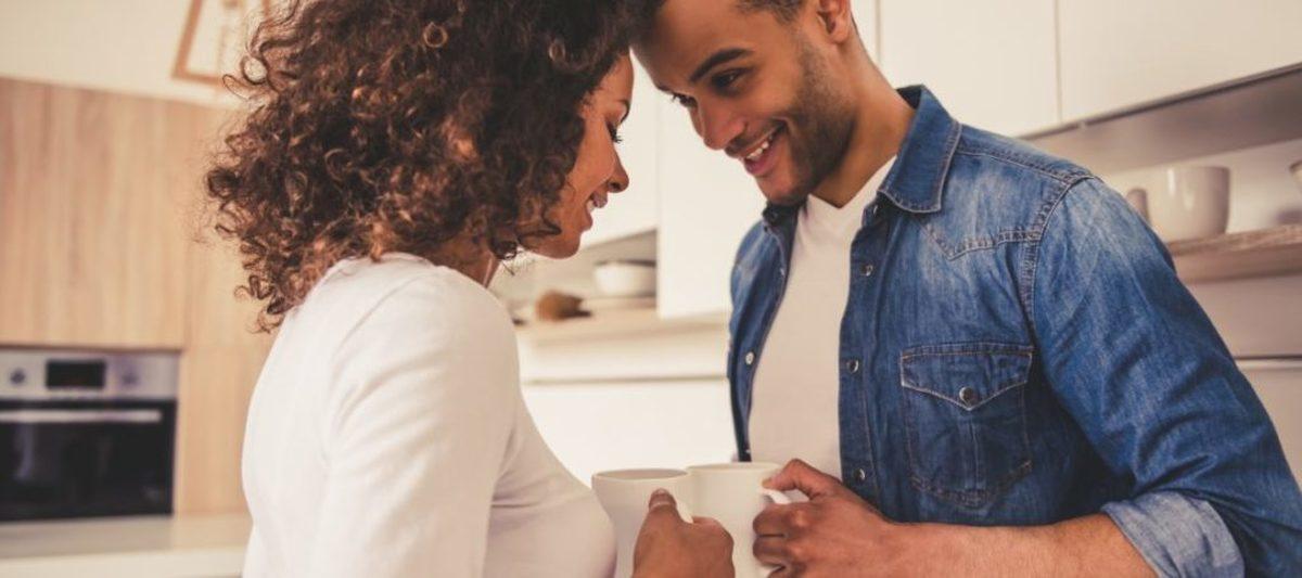 ۴ روش بسیار موثر با استفاده از زبان بدن برای بهتر کردن رابطه با شریک عاطفی