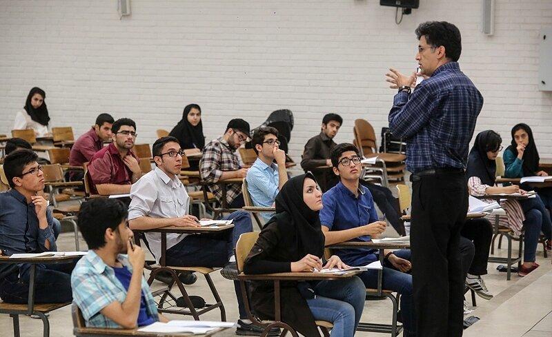 معاون وزیر علوم: امتحانات دانشگاهها حتی در شهرهای زرد و آبی مجازی برگزار می شود