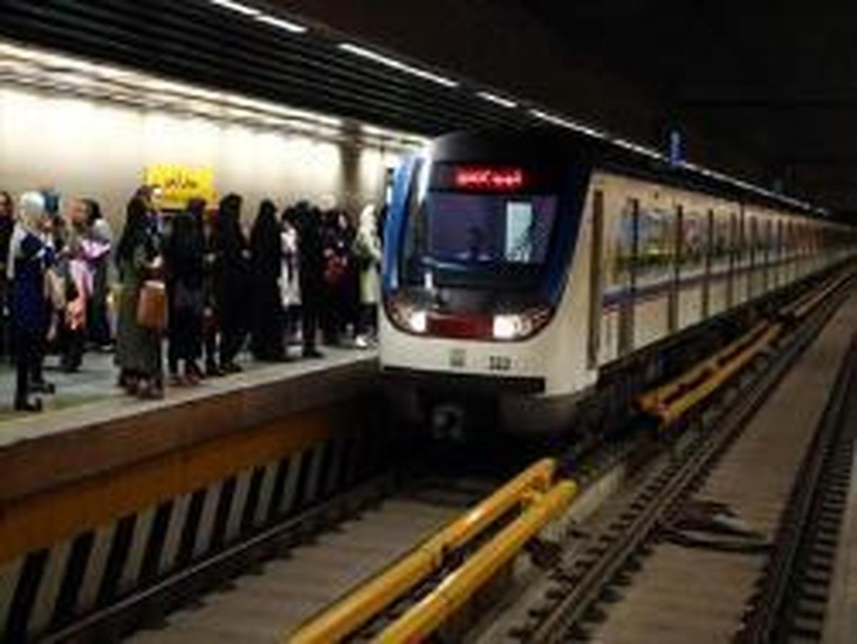 جابجایی 927 هزارو 456 نفر با متروی تهران در یوم الله 22 بهمن