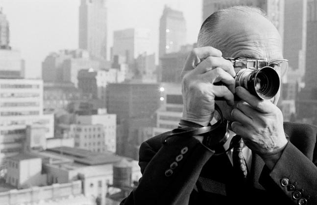 مشهورترین عکاسان خیابانی جهان؛ از کارتیه برسون تا دیان آربس آوانگارد