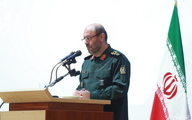 وزیر دفاع مطرح کرد:  هیچ رزمایشی متوقف نشده است