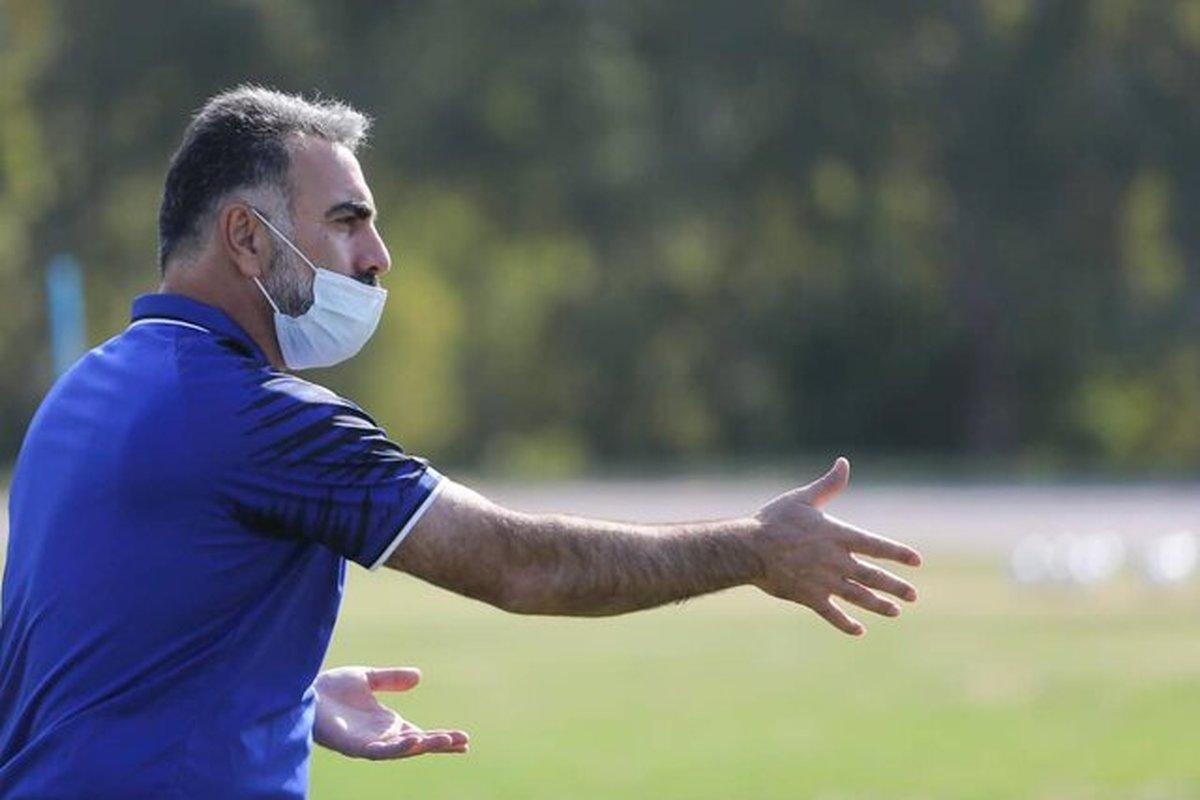 باشگاه فولاد از محمود فکری شکایت میکند