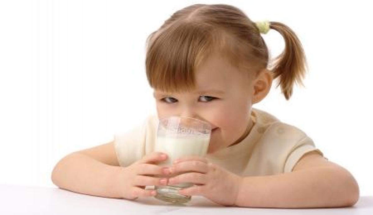 شیر خوردن بیش از حد مضراست