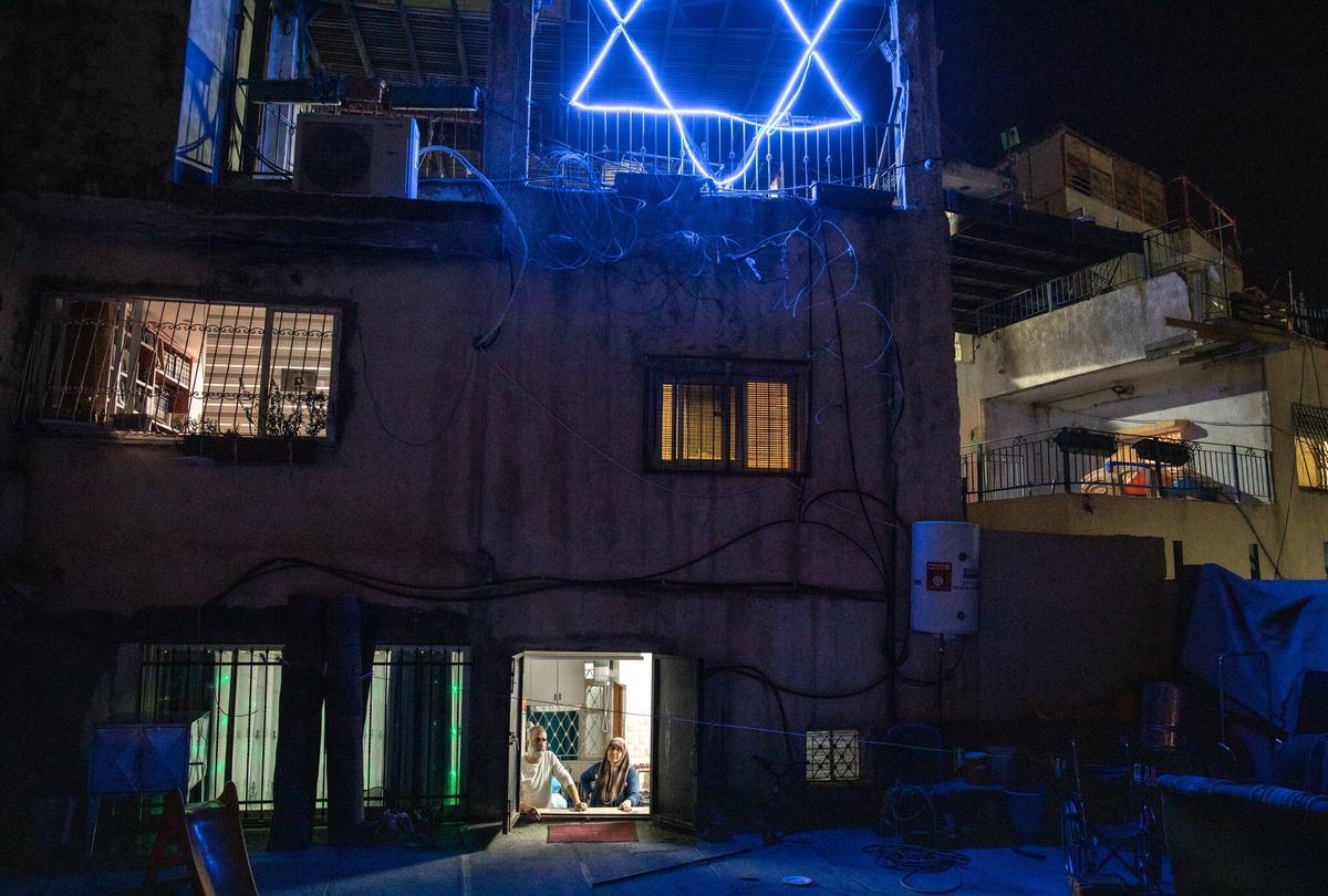 خانه ای جالب میان اسرائیل و فلسطین | خانه ی دو تکه  + تصاویر